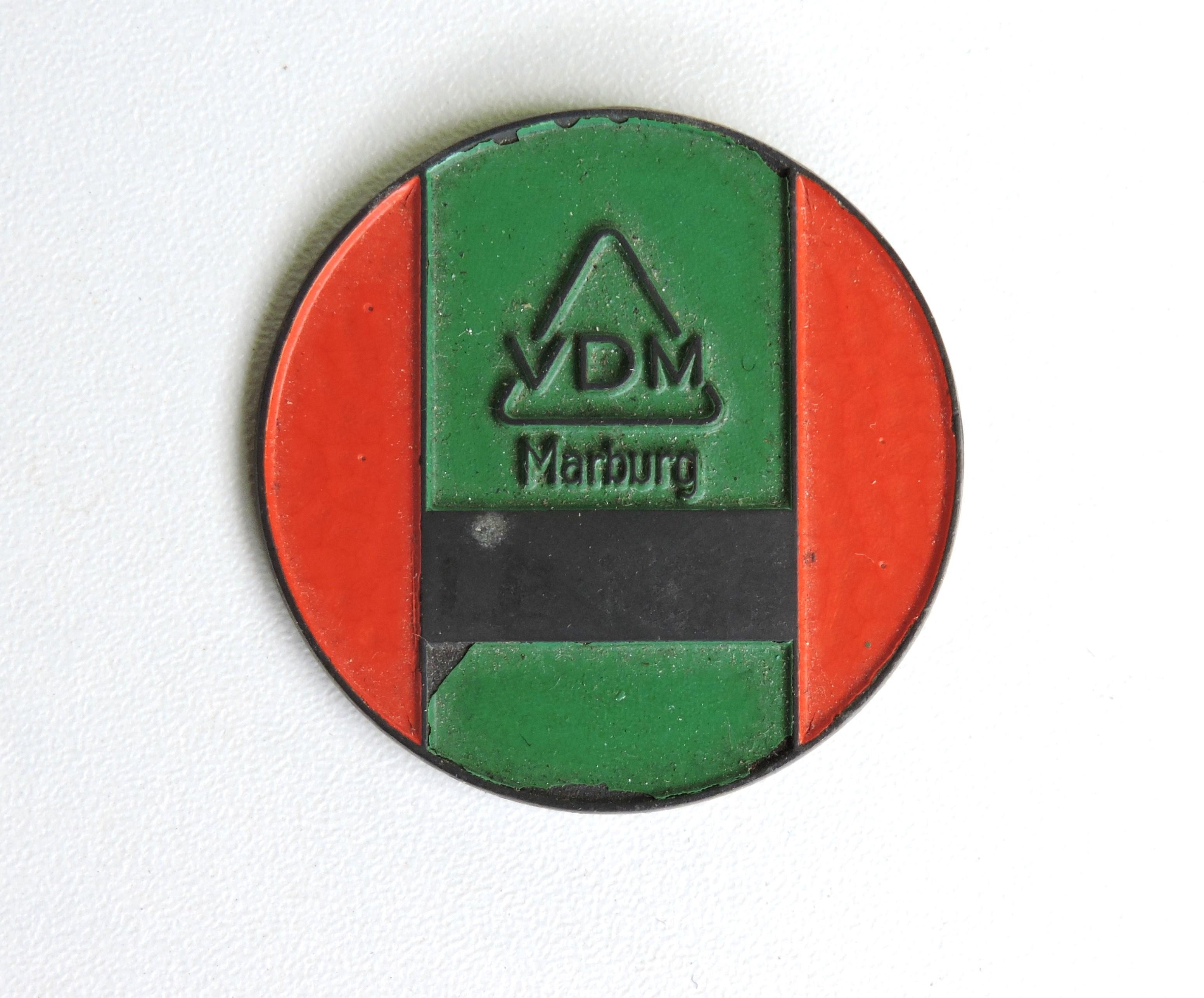 insigne travailleur forc u00e9 usine vdm  u00e0 marburg 1944